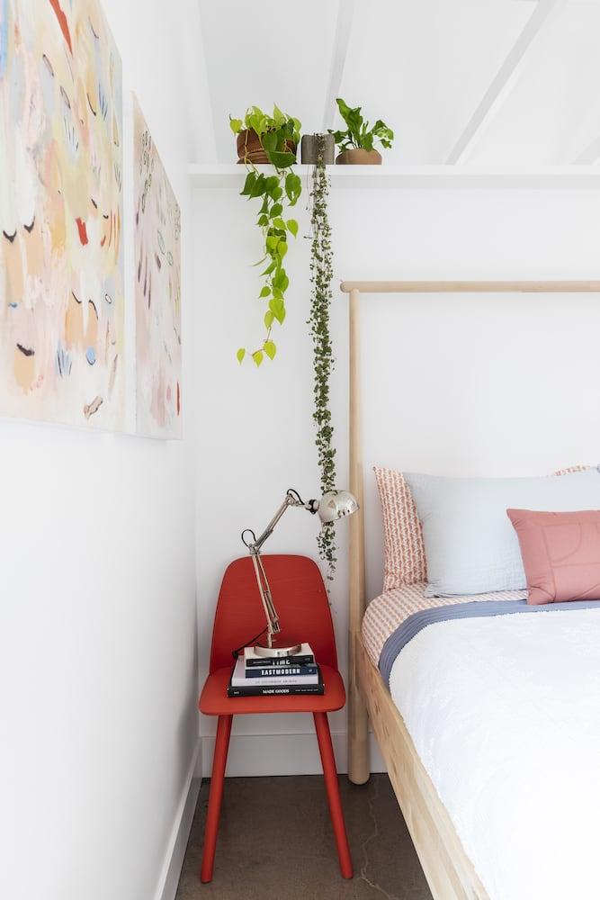 Beech Haus ADU - Red Chair, Bedside Lamp, Plant Shelf, Bedroom